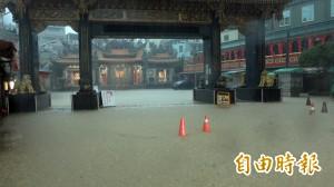 大豪雨襲擊高屏 屏東新園雨量飆374毫米居全台之冠