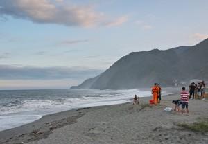 宜蘭海灘7人遭浪捲走 賈新興:這4個時間點要注意「瘋狗浪」