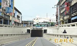 中壢元化路地下道 22日起封閉前站往後站機車道
