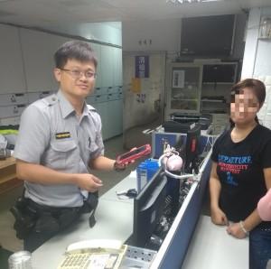 菲國女遊客尋回遺失手機 直誇台灣最暖風情是暖警