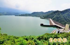 颱風快來了!剛達最高滿水位的曾文水庫進行預洩降