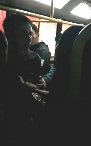 女大生遭癡漢「鳥頂」 警方竟回:他剛好拉鍊鬆了
