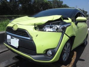 天外飛「輪」現國道 五月天代言神車被擊落了