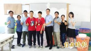 金銀上身  虎農建築科高緯盛、許俊欽全國技能競賽嶄露頭角