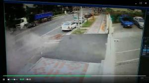 139線車禍5傷 2車猛撞影像曝光