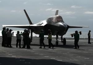 史上第一次! 造價破30億美匿蹤戰機F-35B驚傳墜毀