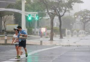 潭美颱風橫掃沖繩、鹿兒島 釀48人受傷