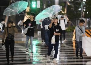 「潭美」颱風貫穿日本  釀2死123傷2失蹤