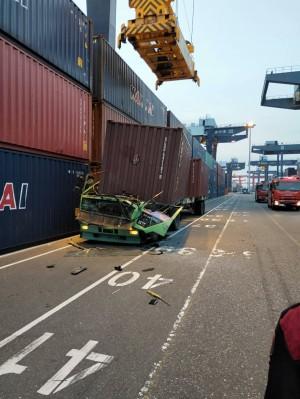 高港貨櫃夾掉砸死司機 勞檢處勒令停工共罰4公司36萬