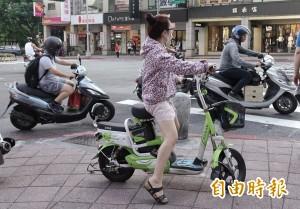 交通部納管電動自行車 擬限制騎乘年齡