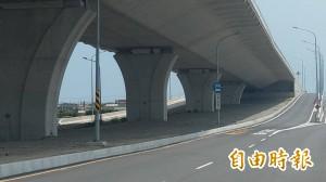 西濱苑裡段匝道做半套惹怨 縣府將評估增設可行性
