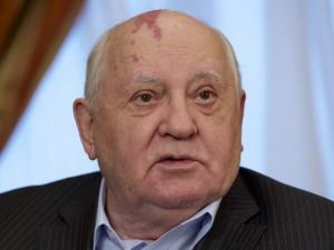 川普揚言退出中程飛彈條約 戈巴契夫:缺乏智慧