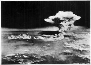 王丹驚爆:前蘇聯想用原子彈殲滅北京 美國出手相救