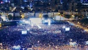 藍綠陸戰大比拚!陳其邁造勢場地大 人數大贏韓國瑜