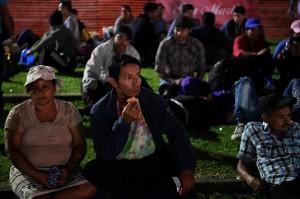 中美洲移民大軍擴大 薩爾瓦多又一批向美國挺進