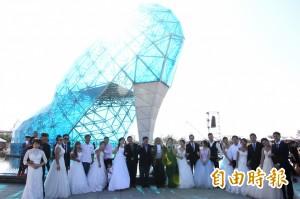 高跟鞋教堂可以辦婚禮了 10對新人搶先體驗
