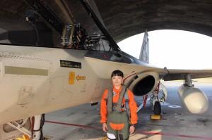 從士兵當起...IDF女飛官郭文靜 今完成經國號換裝訓練