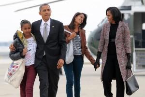 歐巴馬妻子自爆:兩個女兒都是人工授精的