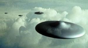愛爾蘭多人目擊UFO!不明亮光以2倍音速飛行