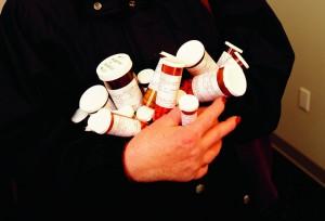 研究:老人家藥吃愈多 失智骨折風險增高