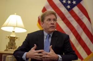 美國務院副助卿再表態:不會在南海、台灣議題上屈服中國