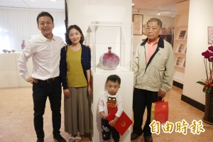 陶藝家黃嘉男靠創作揮別母喪 義賣陶瓷成立獎學金