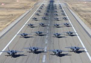 川普笑了?日本擬下軍購大單 花近3千億買百架F-35