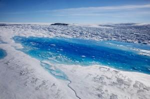 還說氣候暖化是騙局? 格陵蘭融冰速度達千年新高...