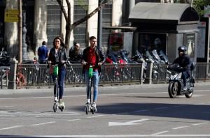 共享電動滑板車安全爭議不斷 馬德里市要求限期下架