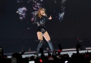 對付騷擾! 泰勒絲演唱會用臉部辨識卻遭批「侵犯個資」