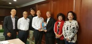 韓國瑜見澳門台商會長 談愛情產業鏈與主題樂園