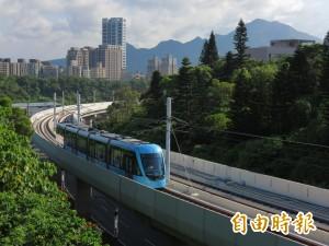 淡海輕軌試營運免費搭1個月 日本鐵道迷趕來捧場