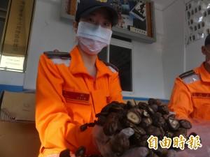 走私中國香菇遭查獲 竟仿貼金門生產履歷