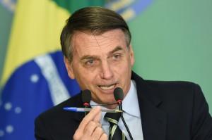 暴力事件量會下降? 「巴西川普」鬆綁槍枝管制