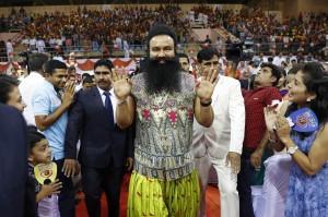 性侵女信徒被踢爆!印度神棍竟謀殺記者 被判「關到死」