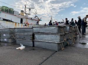 南檢查獲走私中國未檢疫魚貨5千餘公斤 船長貨主等7人收押