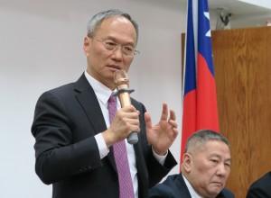 自由民主得來不易!吳新興:台灣絕不能被中共控制