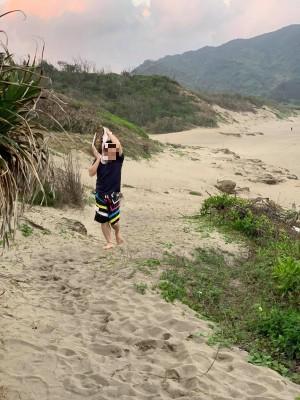 台灣最糟糕風景!國家公園疑敲珊瑚扛走 遭制止還反嗆