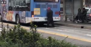 忙到沒時間尿?北市公車司機「開到一半」下車解放