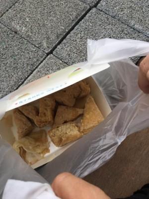 高雄燈會攤販「貢潘阿」網友哀怨po照「50塊臭豆腐只有這樣」