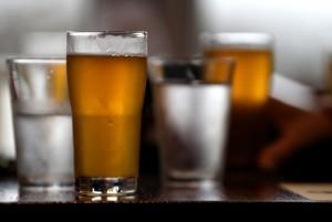 恐怖!印度聚會喝到假酒 村民至少39死27傷