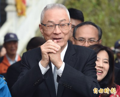 吳敦義拋新點子:政府發消費券彌補退休軍公教