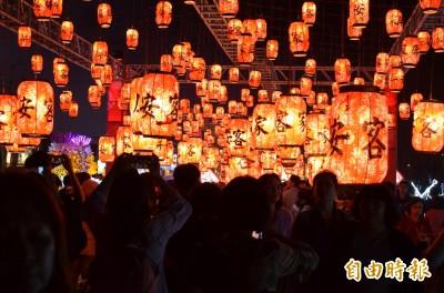 台灣燈會太耀眼 眼科醫師:小心造成眼睛光傷害