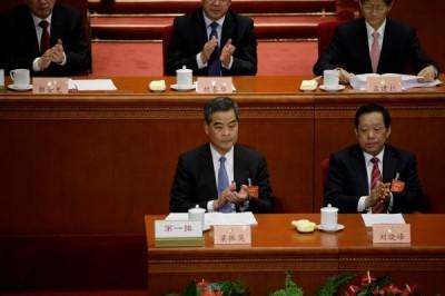 香港大學生捍衛港獨言論被退學 前特首竟譏諷:新砲灰
