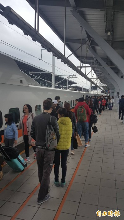 高鐵班車少還無法轉乘 雲林人大嘆出外、回家都難