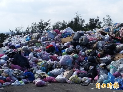 竹縣暫置垃圾又激增 環保局研議建置自有處理設施