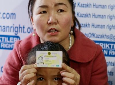 再教育成血汗勞工 釋放後仍失自由 新疆受害者揭中國惡政