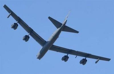 中國人大開幕 兩架美軍B-52轟炸機飛入南海和東海