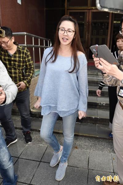 毆警案李婉鈺全認罪 張碩文做證:她誤會了