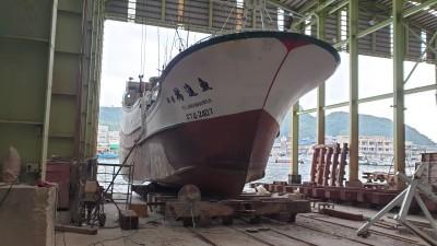 台灣漁船棉花嶼海域遭中國漁船衝撞 船長怒斥對方「侵門踏戶」